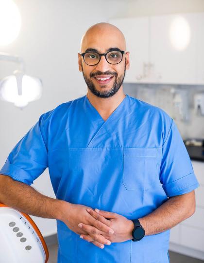 Dr. Ali Rahbari - Fogorvos